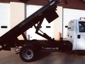 Steel Flatbed Truck with Hydraulic Lift Arm
